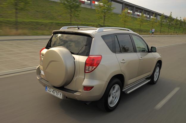 Toyota RAV4 /Motor