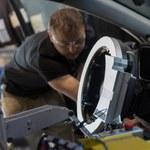 Toyota testuje prototypy za pomocą robota