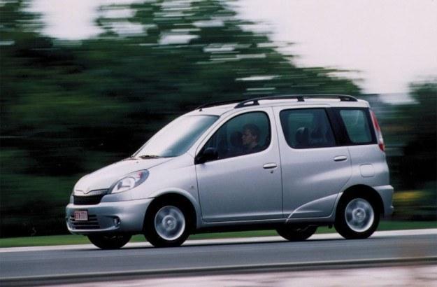 Toyota yaris verso /