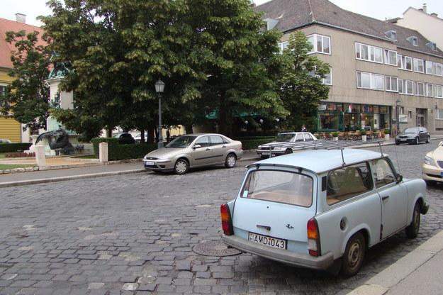"""Trabant-""""żebrak"""" w Budapeszcie /poboczem.pl"""