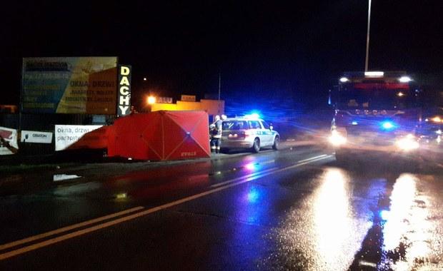 Tragedia po pasterce: Auto uderzyło w trzy kobiety wracające z kościoła, zginęły na miejscu