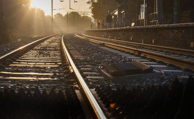 Tragedia w Warmińsko-Mazurskiem. Pociąg śmiertelnie potrącił 24-latka