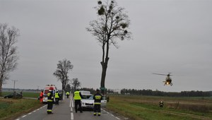 Tragiczny wypadek pod Bartoszycami. Samochód wjechał w nastolatków