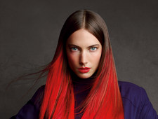 Trendy Schwarzkopf 2013: Sleek colour