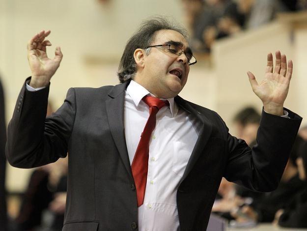 Trener koszykarek Wisły Can-Pack Kraków Jose Hernandez /PAP