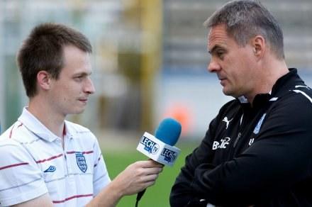 Trener Lecha Poznań - Jacek Zieliński (z prawej) /AFP