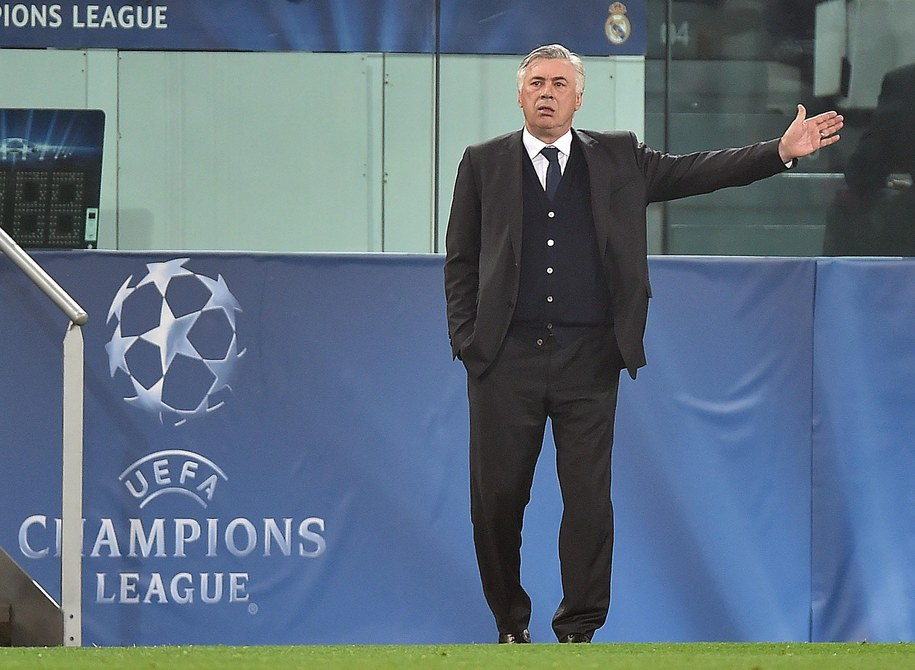 Trener Realu Madryt Carlo Ancelotti w czasie meczu z Juventusem Turyn /ALESSANDRO DI MARCO  /PAP/EPA