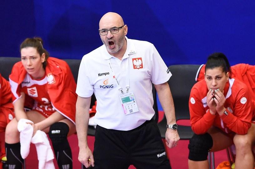 Trener reprezentacji Polski piłkarek ręcznych Leszek Krowicki /AFP