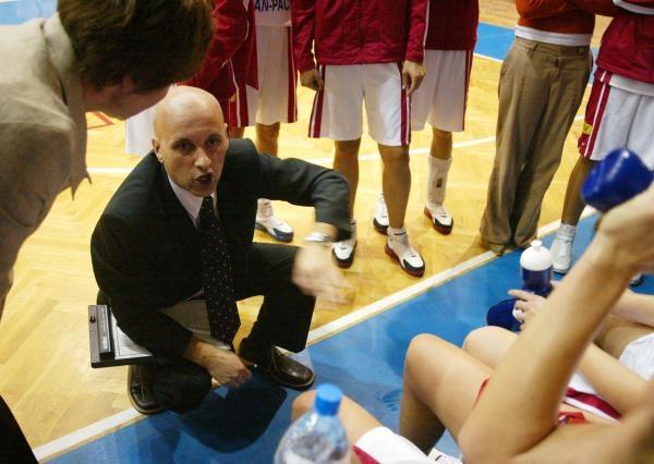 Trener Wisły Kraków Elmedin Omanic. Fot. Fot. Tomasz Markowski /Agencja Przegląd Sportowy