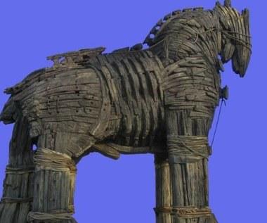 Trojan Zeus okrada internautów, podszywając się pod Facebooka