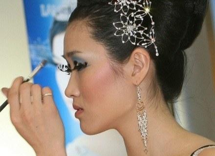 Trudna sztuka makijażu... /AFP