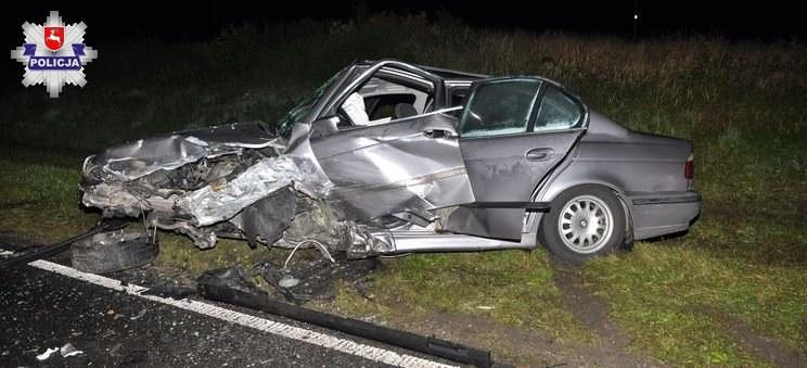 Trzy osoby z BMW 5 trafiły do szpitala /