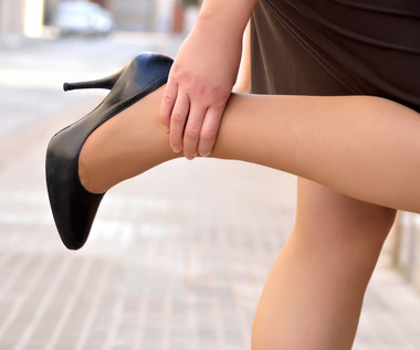 Trzy proste sposoby na opuchnięte nogi