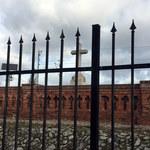 """""""Tu pochowano ofiary epidemii"""". Oto najbardziej niedostępna nekropolia w Warszawie"""