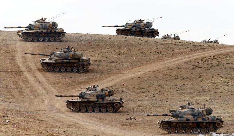 Tureckie czołgi /PAP/EPA