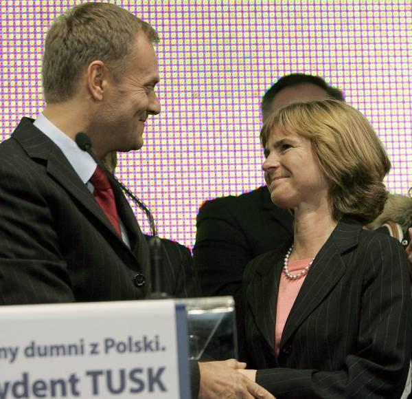 ...Tuskowie - kilka tygodni przed wyborami prezydenckimi /AFP