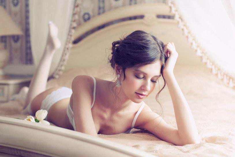 Tylko co piąta Polka decyduje się na antykoncepcję hormonalną /©123RF/PICSEL