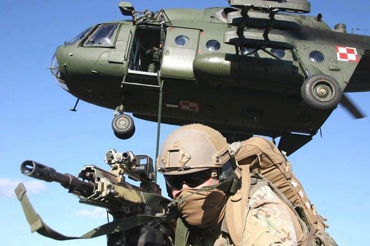 Tylko w wojskach specjalnych można liczyć na odpowiednią dawkę adrenaliny /Polska Zbrojna