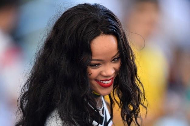 """Tym razem nago """"pozowała"""" również Rihanna /AFP"""