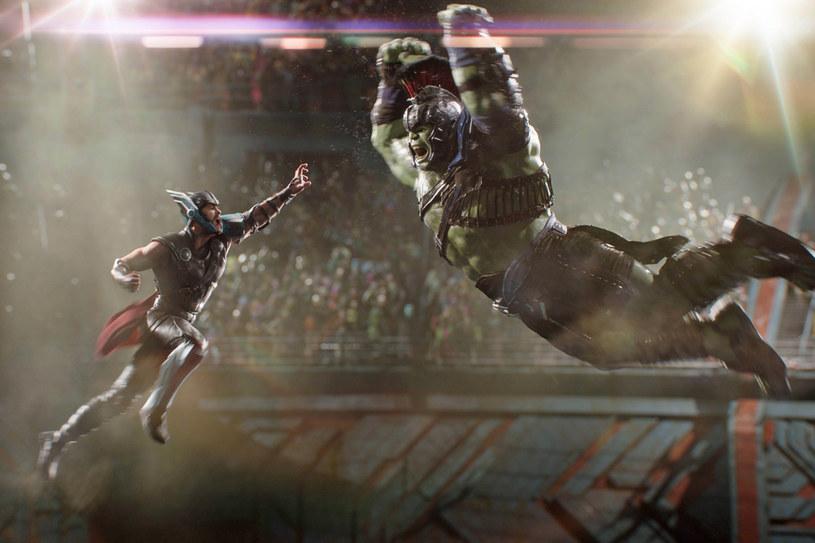 Tym razem Thor będzie się musiał zmierzyć m.in. z Hulkiem /materiały prasowe