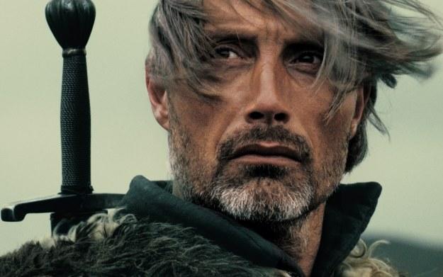 Typowany przez fanów na odtwórcę roli Wiedźmina znany aktor Mads Mikkelsen ostatecznie nie zagra w filmie Bagińskiego /materiały prasowe