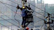Tysiące osób wciąż czekają na prąd