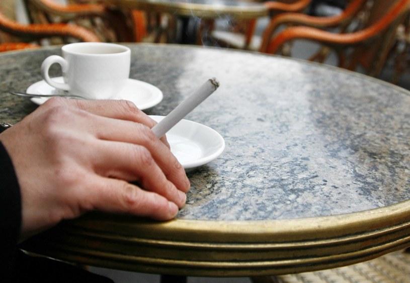 U palaczy niebezpieczeństwo zachorowania na wiele poważnych chorób jest większe /AFP