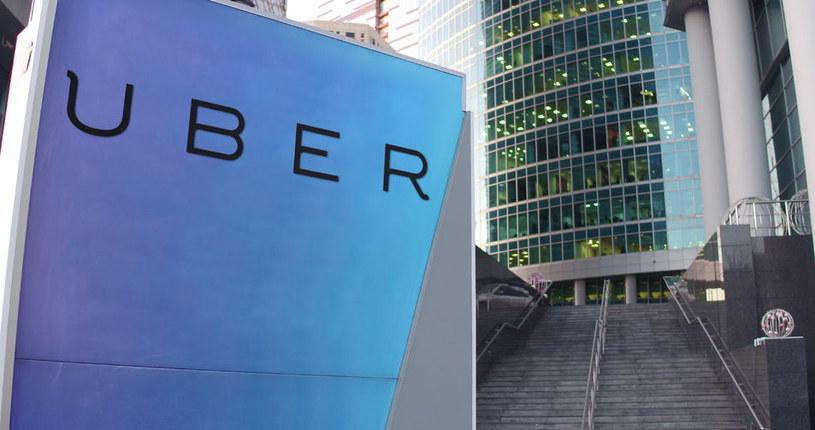 Uber stopniowo rozwija projekt testów samochodów autonomicznych w USA /123RF/PICSEL
