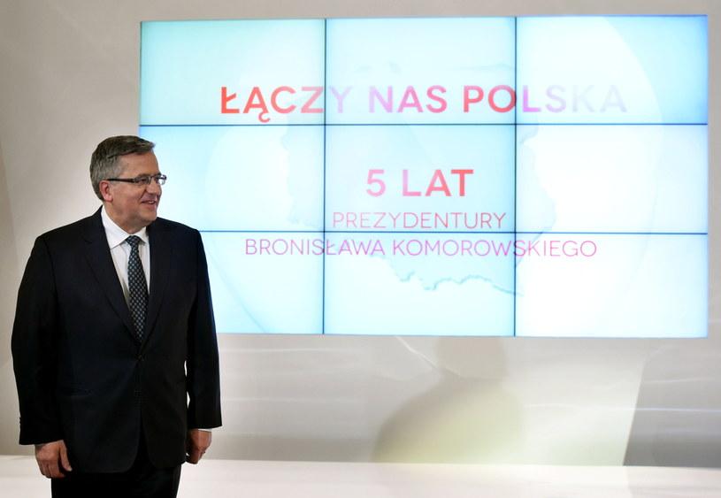 Ubiegający się o reelekcję prezydent Bronisław Komorowski /Radek Pietruszka /PAP