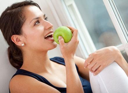 Uboga dieta przed poczęciem dziecka stwarza ryzyko urodzenia malucha o niskiej wadze /© Panthermedia