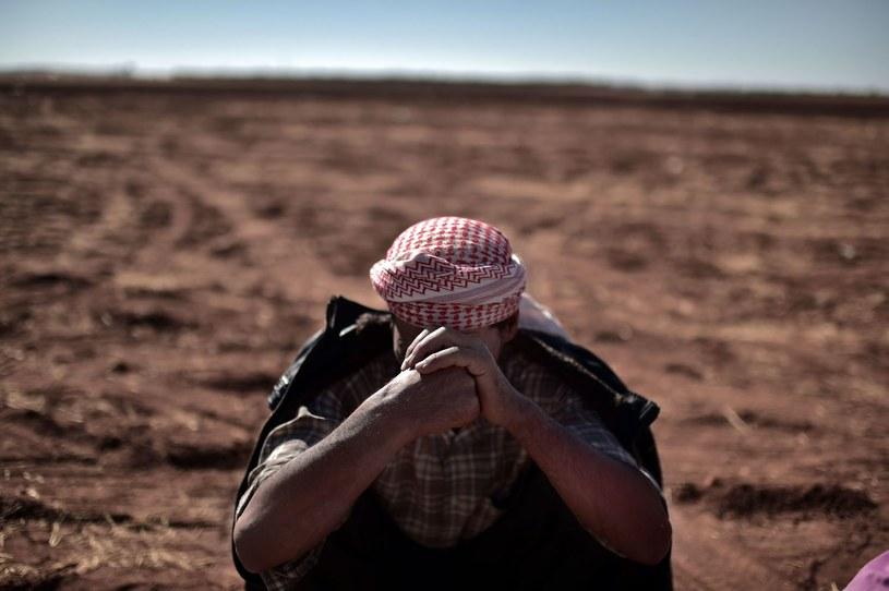 Uchodźca z Kobane, który musiał uciekać przed terrorem Państwa Islamskiego /AFP
