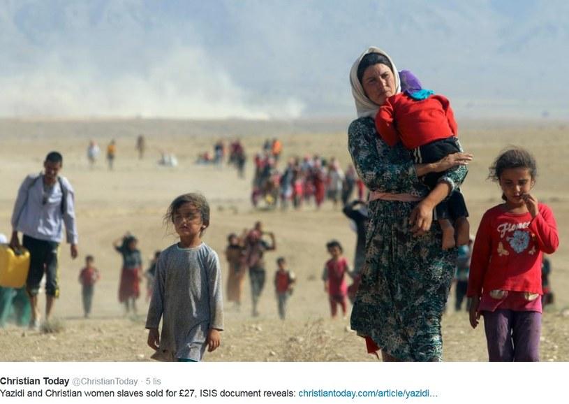 Uchodźcy uciekający przed dżihadystami /Twitter