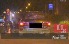 Uciekał przed policją, bo nie miał prawa jazdy. Teraz ma kłopoty