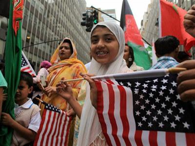 Uczestnicy dorocznej parady z okazji Amekryańskiego Dnia Muzułmanina w Nowym Jorku  /AFP