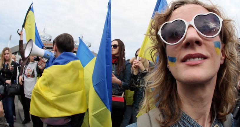 Uczestnicy wczorajszego marszu na rzecz jedności Ukrainy /Alexander KHUDOTEPLY /AFP