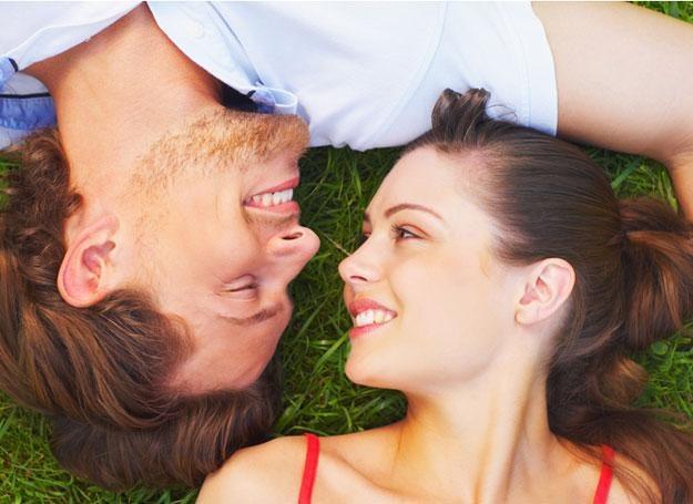 Uczuciowy partner to marzenie niemal każdej kobiety /© Panthermedia