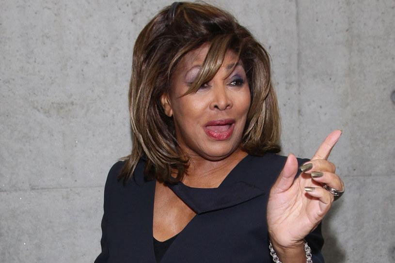 Uderzał zawsze w twarz, nie przejmując się tym, jak będę wyglądała na scenie. Chciał, żeby jego przemoc była widoczna - wspomina sojego męża Tina Turner /Getty Images