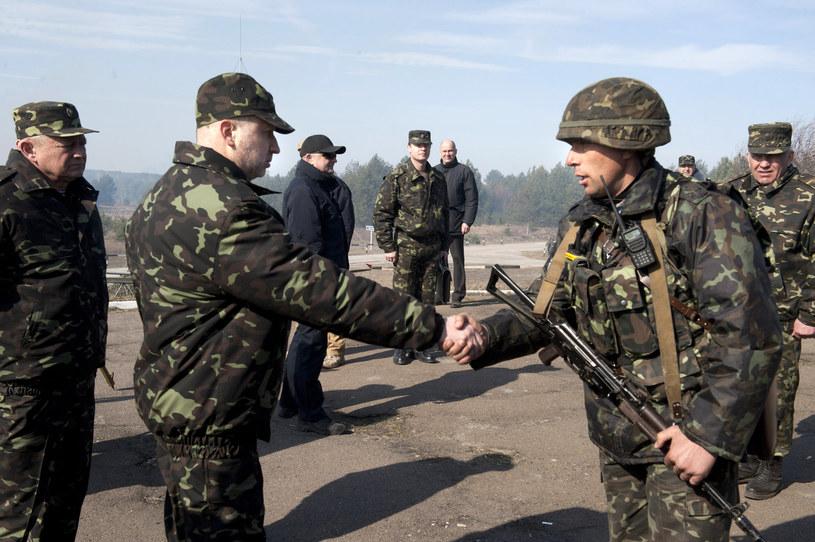 Ukraińska armia potrzebuje pilnego wzmocnienia. /AFP