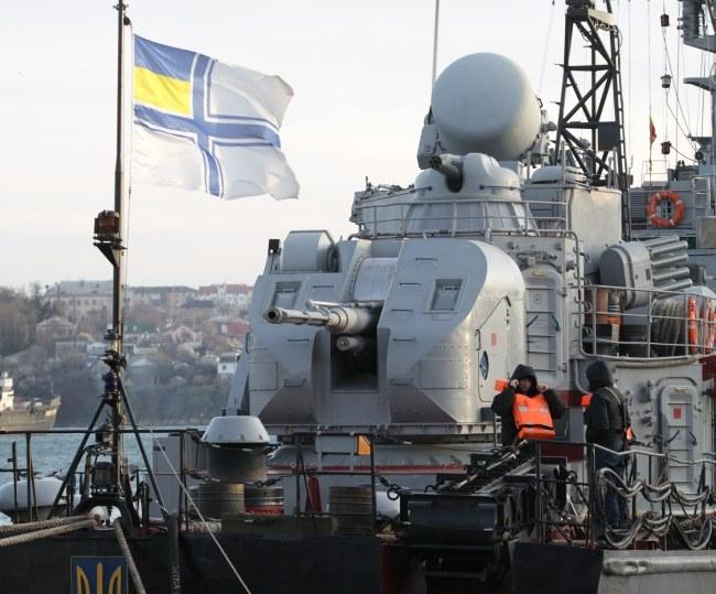 Ukraiński statek w porcie w Sewastopolu /ZURAB KURTSIKIDZE /PAP/EPA