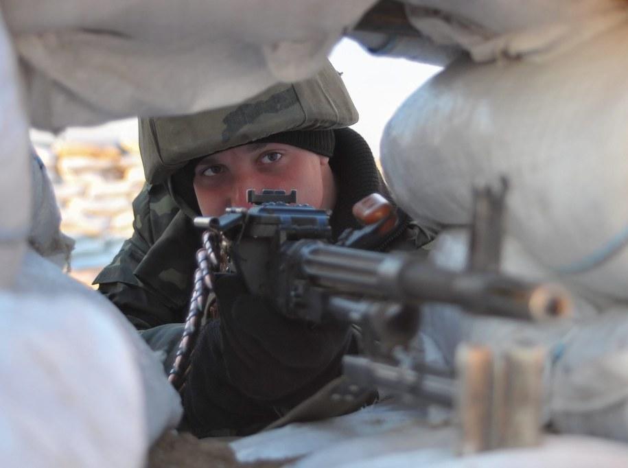 Ukraiński żołnierz na Krymie /IVAN BOBERSKYY /PAP/EPA