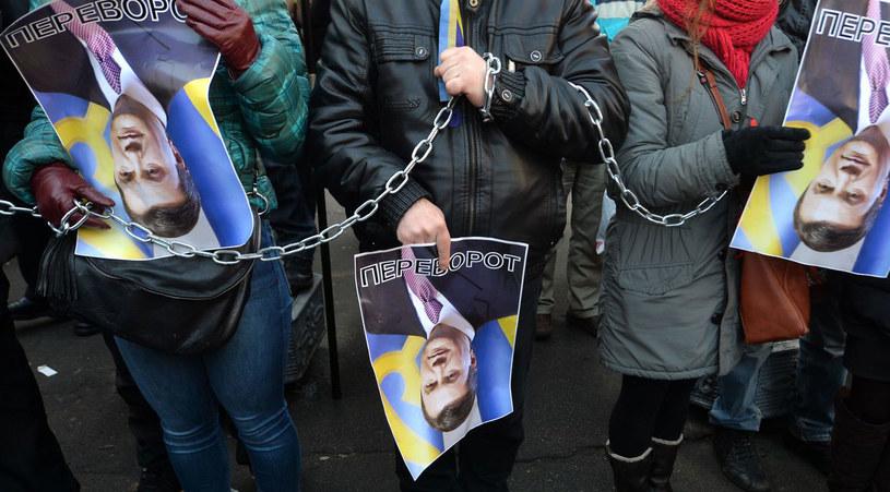 Ukraińskie władze oskarżają opozycję o zerwanie rozmów. /AFP