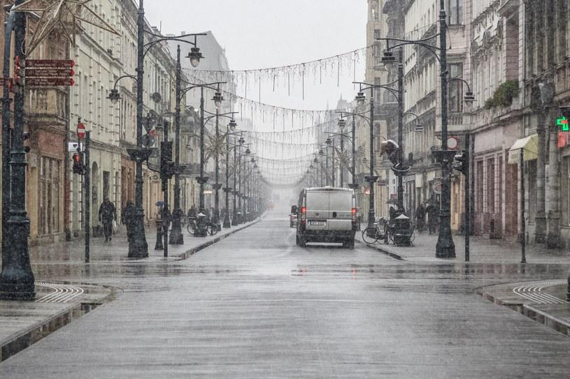 Ulica Piotrkowska w Łodzi; Zdjęcie ilustracyjne /Marcin Jurkiewicz /East News