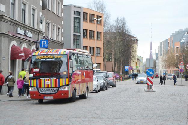 Ulica w centrum Rygi /123/RF PICSEL