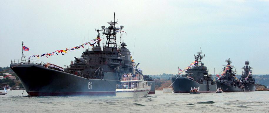 Umowa zawarta w 2010 r. przewiduje, że Flota Czarnomorska będzie stacjonować na Krymie do 2042 roku / ARTUR SHVARTS    /PAP/EPA