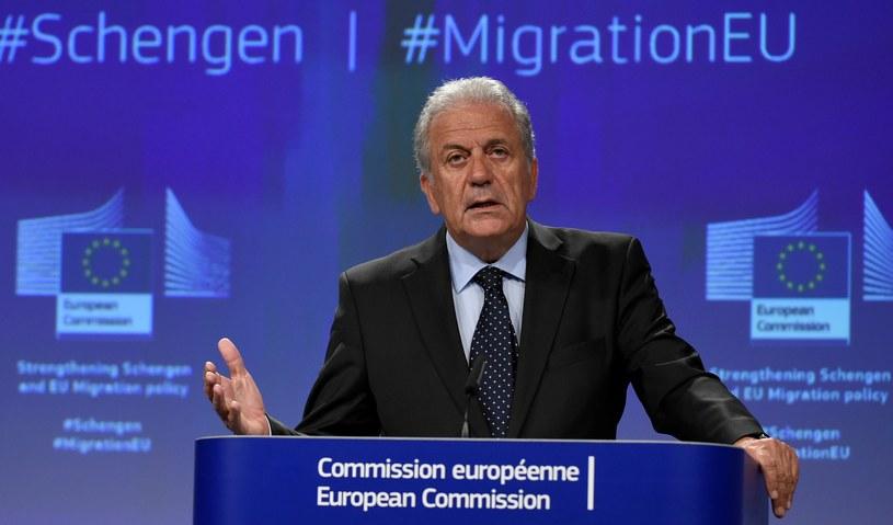 Unijny komisarz ds. migracji Dimitris Awramopulos /JOHN THYS /AFP