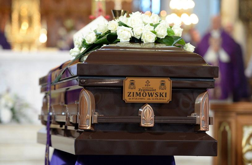 Uroczystości pogrzebowe arcybiskupa Zygmunta Zimowskiego /PAP