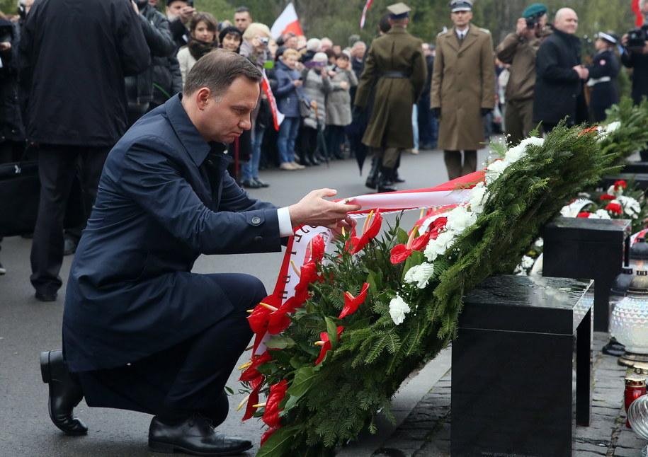 Uroczystości rocznicy katastrofy smoleńskiej w Warszawie /Tomasz Gzell /PAP