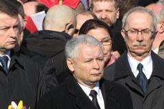 Uroczystości smoleńskie przed Pałacem Prezydenckim