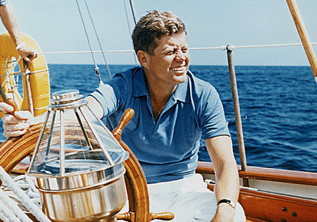 Urok, prezencja i… pieniądze ojca. 100 lat temu urodził się John F. Kennedy