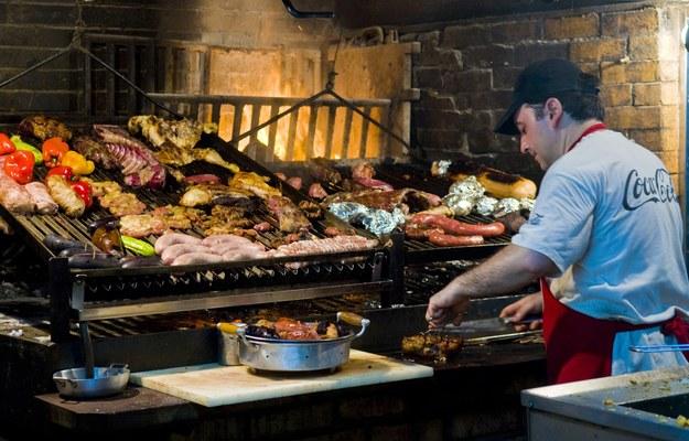 Urugwajczycy lubią dobrze zjeść /123/RF PICSEL
